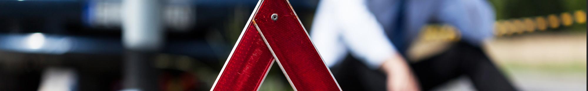 drogowy trójkąt ostrzegawczy